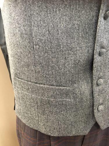腰のポケット付き