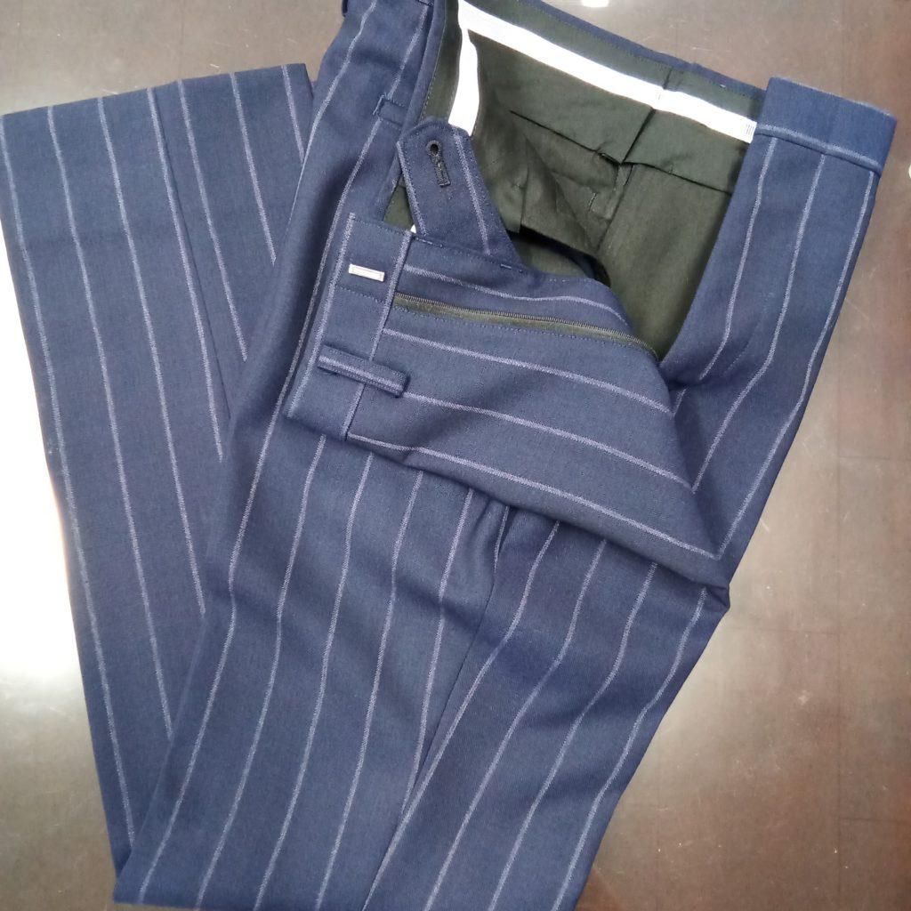 イタリア製生地CANONICOカノニコのスーツ